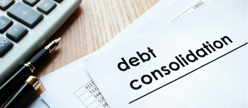 Is it Worth to Consolidate Debt?