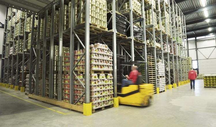 Warehouse Automation in the Food and Beverage industry