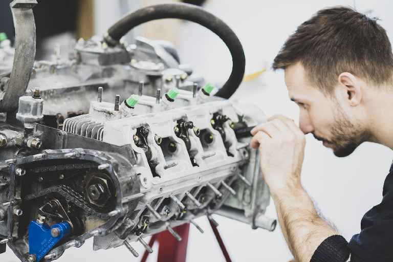 Benefits of an Engine Replacement vs. Buying a New Car