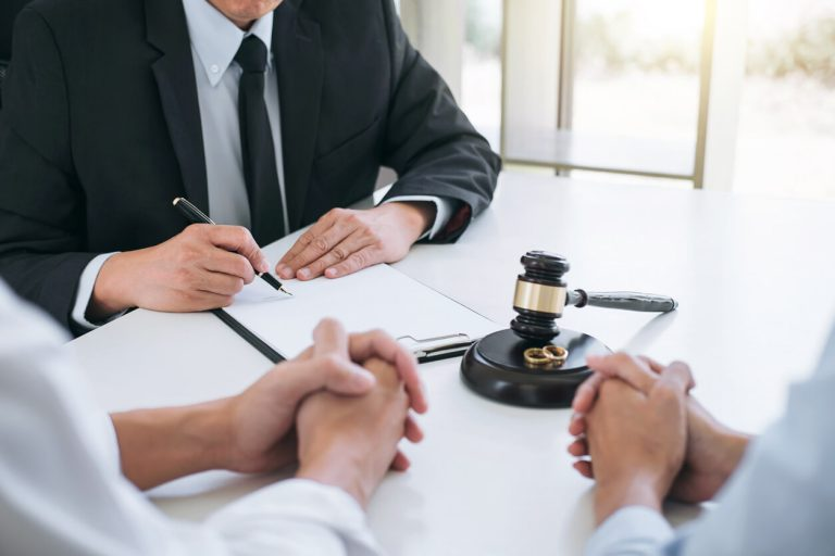 Should you hire a Paralegal for Divorce?