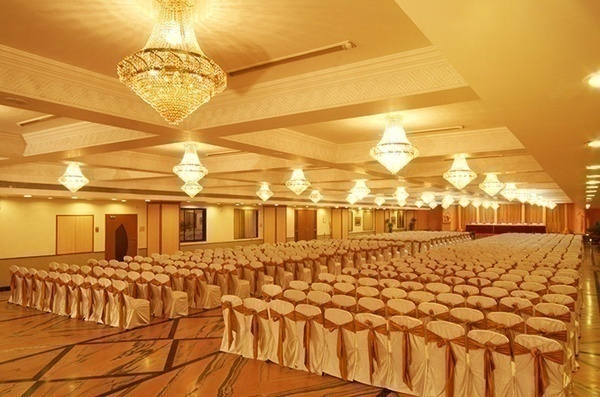 7 Big Reasons to Choose banquets halls in Mumbai rather than traditional marriage halls