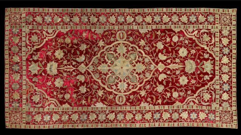 WHAT ARE THE FEATURES OF PERSIAN RUGS